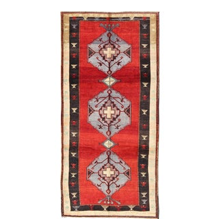 Vintage Turkish Oushak Rug With Multi-Layered Diamond Medallions in Beautiful Red Field For Sale