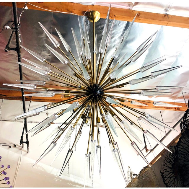 Hollywood Regency Sole Sputnik Chandelier by Fabio Ltd For Sale - Image 3 of 7
