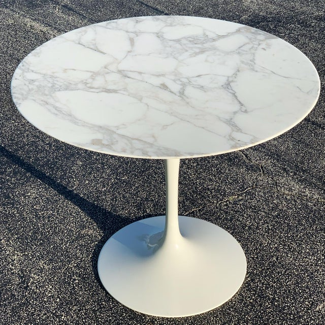 The Saarinen Dining Table, created by (you guessed it) Eero Saarinen, is the ultimate distillation of a kitchen or dining...