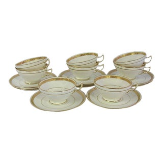 English Mintons Teacups & Saucers - Set of 8 For Sale