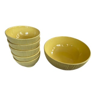 Yellow Ridged Set of Melonware Bowls With Serving Bowl - Fruit Salad 6 Piece For Sale