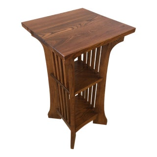 1950s Arts & Crafts Mission Style Side Table For Sale