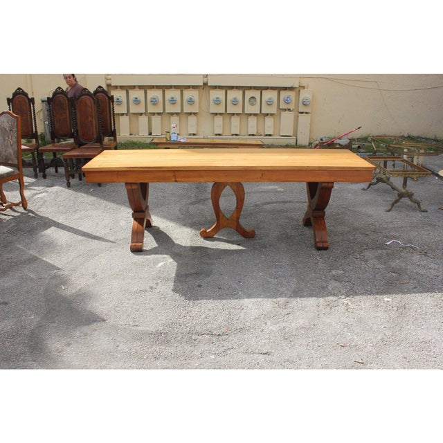 1940s French Country Solid Sycamore Tulip Base Dining Table For Sale - Image 11 of 13