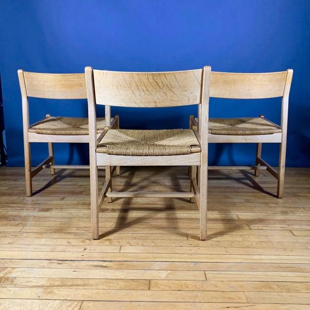 Danish Modern Børge Mogensen Bm2 Oak & Papercord Dining Chairs, Denmark 1960s For Sale - Image 3 of 13