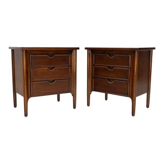 Pair of Exposed Sculptural Legs Three Drawers Nightstands End Tables Stands For Sale