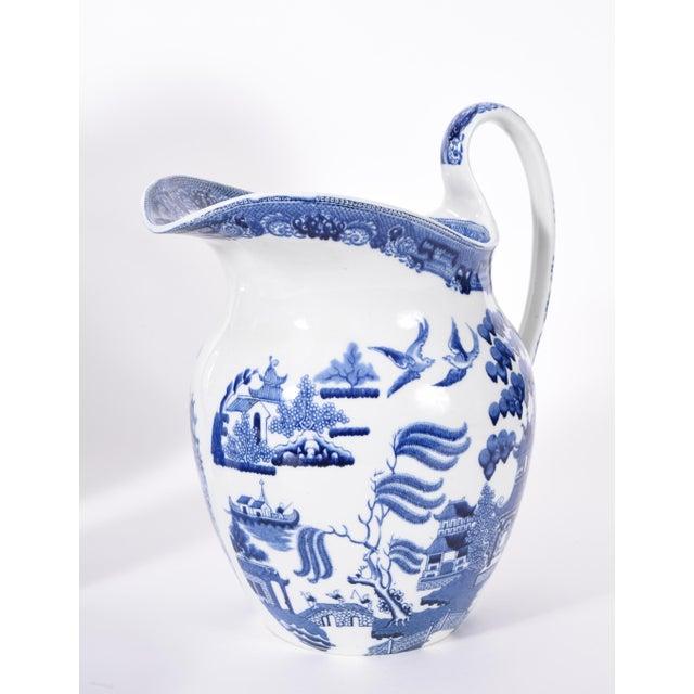 Wedgwood England Porcelain Dinnerware - 5 Piece Set For Sale - Image 9 of 12