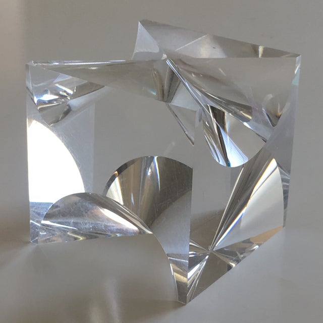 1960s Mid-Century Modern Alessio Tasca Lucite Cube Sculpture For Sale - Image 9 of 11