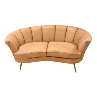 Off White Leather Mid-Century Modern Settee Loveseat Manner of Gio Ponti