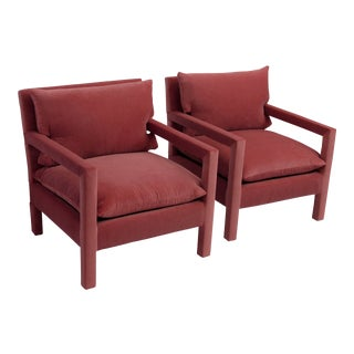 1970s Style Contemporary Parson's Chairs After Milo Baughman in Pink Velvet - a Pair For Sale
