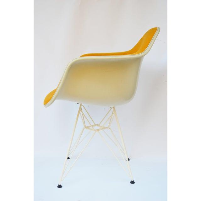 Vintage Herman Miller Girard Fiberglass Arm Chair - Image 5 of 9