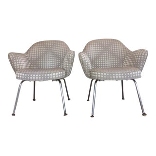 Saarienen Knoll Chairs - A Pair