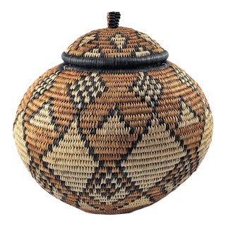 Vintage South African Zulu Lidded Basket For Sale