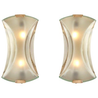 Pair of Max Ingrand Wall Lamps or Sconces for Fontana Arte Model 2225 For Sale