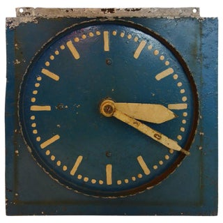 Blue Painted Double-Sided Clock Teaching Aid