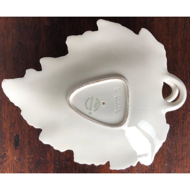 1980s Vintage Wedgwood Creamware Melon Form Tureen-Leaf Underplate For Sale - Image 5 of 10