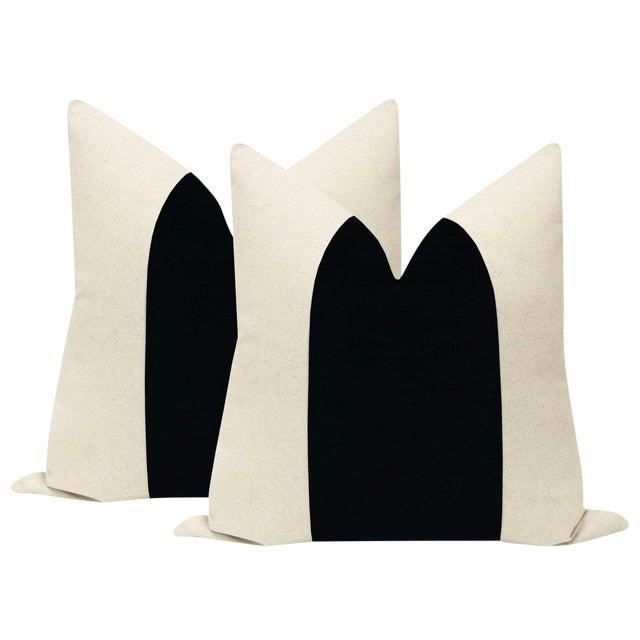 "22"" Contemporary Ebony Velvet Panel & Linen Pillows - a Pair For Sale"