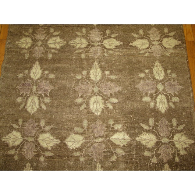 Small Vintage Handmade Rug - 3′5″ × 5′5″ - Image 3 of 5