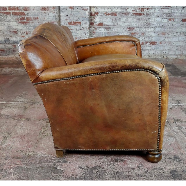 English Traditional Antique 1930s English Leather Settee For Sale - Image 3 of 9