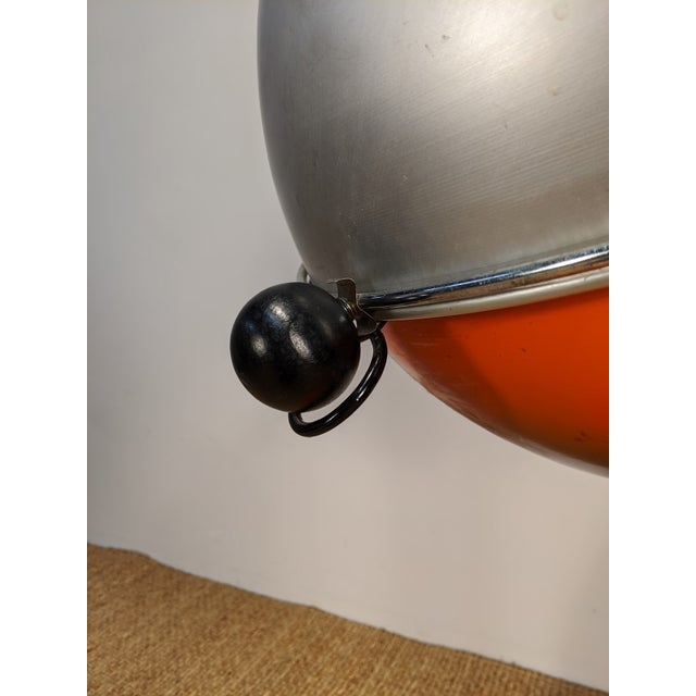 Mid-Century Modern 1960s Vintage Atomic Spherical Clamshell Shepherd Ball Grill by Bill Wiggins For Sale - Image 3 of 6