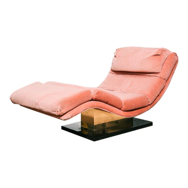 Pink Velvet and Brass Chaise Longue For Sale
