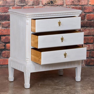 20th Century CountryWhite Painted Swedish Chest of Drawer Preview