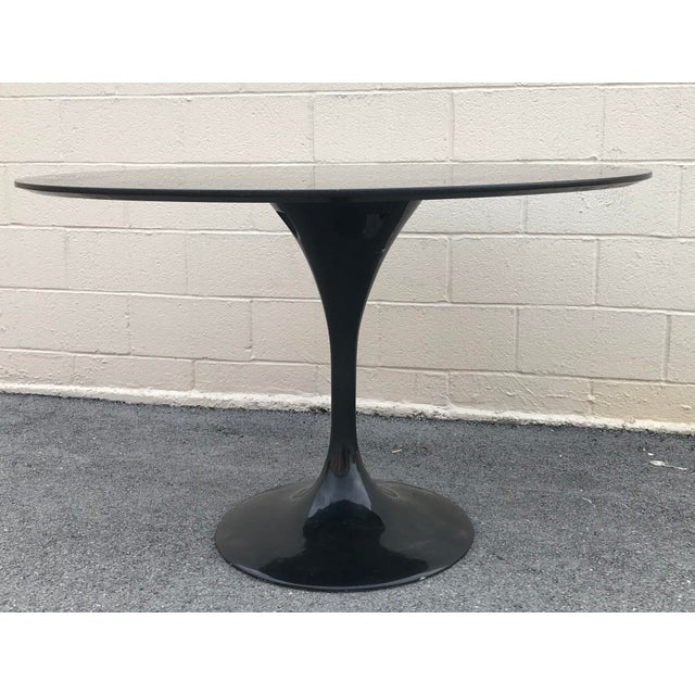 Contemporary 1980s Contemporary Marble Tulip Dining Table For Sale - Image 3 of 9