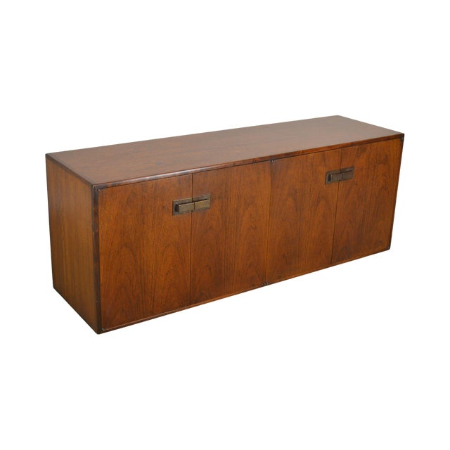 Mid Century Modern Walnut Low 4 Door Credenza Cabinet For Sale