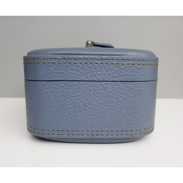 Mid 20th Century Vintage Blue Hardshell Train Case Suitcase Luggage Makeup Cosmetic Travel Case For Sale - Image 5 of 13