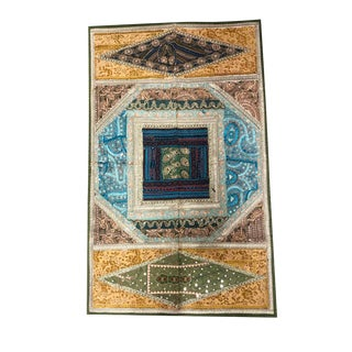 Vintage Sari Indian Decoration Hand Embroidered Wall Hanging Tapestry For Sale