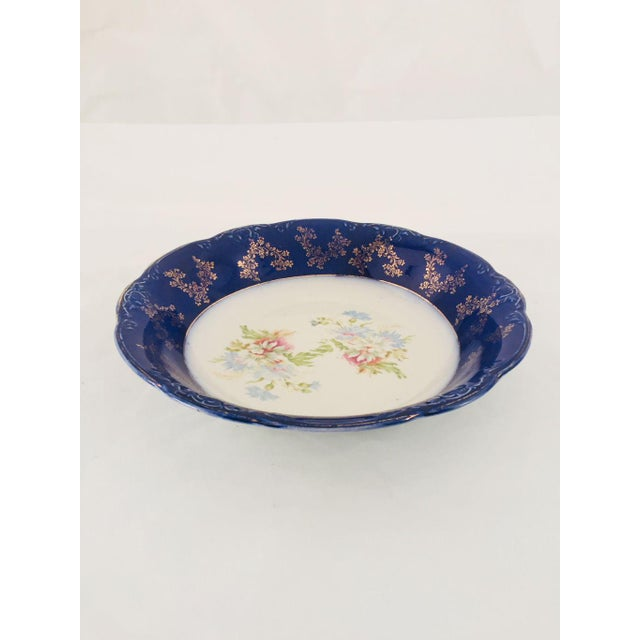 Antique English Wood & Son Porcelain Floral Serving Bowl For Sale In New York - Image 6 of 6