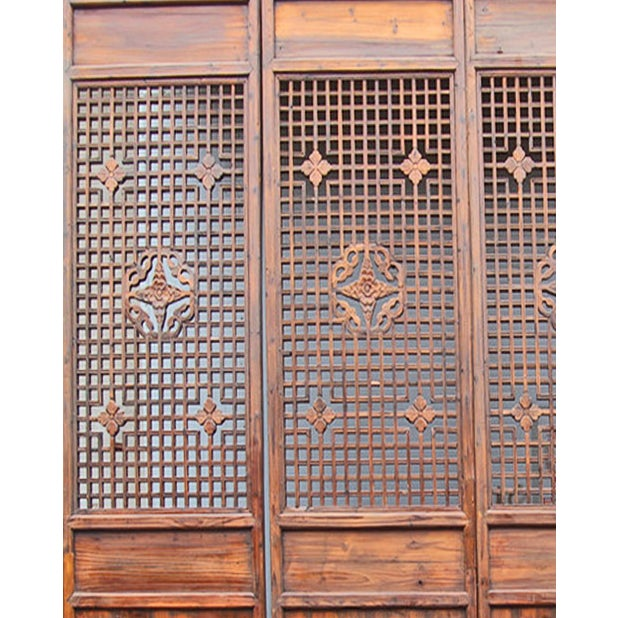 Carved Wood Lattice Screen - Image 2 of 2