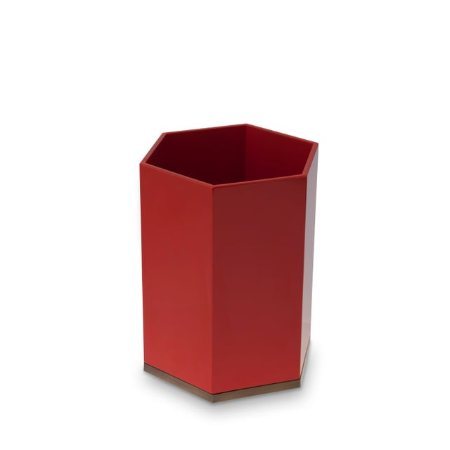 Contemporary Hexagonal Bin in Chinese Red - Veere Grenney for The Lacquer Company For Sale - Image 3 of 3