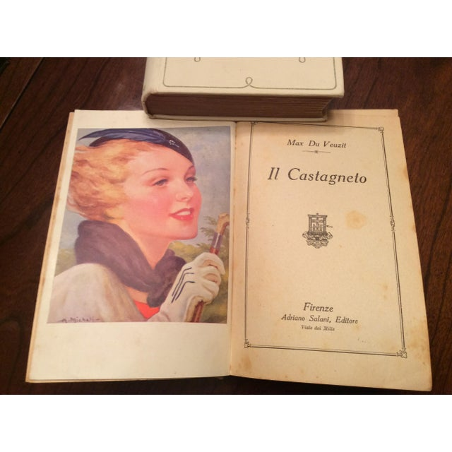 Collection of Vintage 1930's French Books by Hugo, Hull, Veuzit- 12 Pc. Including Les Miserables For Sale In Philadelphia - Image 6 of 9