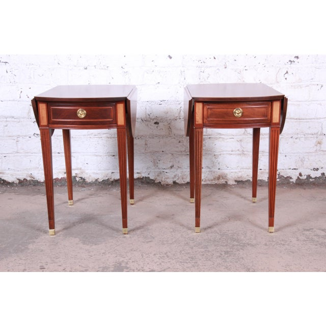 Early American Baker Furniture Georgian Style Banded Mahogany Pembroke Side Tables - a Pair For Sale - Image 3 of 13