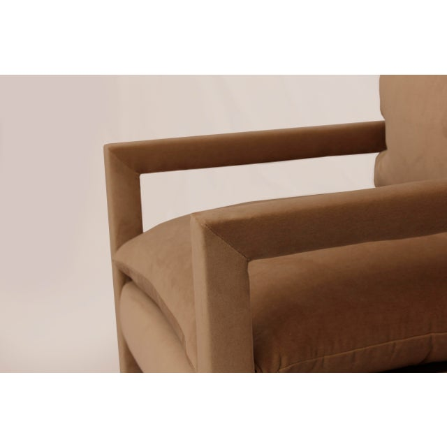 Mid-Century Modern 1970s Milo Baughman Parsons Lounge Chairs in Cotton Camel Velvet - a Pair For Sale - Image 3 of 5