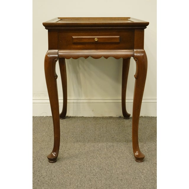 20th Century Georgian Ethan Allen Accent End / Tea Table For Sale - Image 9 of 13