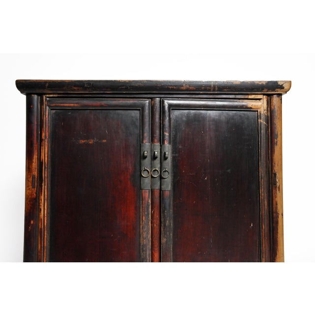 Elm 17th Century Qing Dynasty Round Post Chest With Two Drawers and Original Patina For Sale - Image 7 of 13
