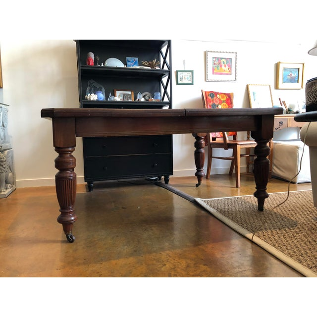 Traditional 19th Century Victorian Walnut Dining Table For Sale - Image 3 of 6