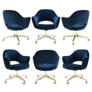 Original Saarinen Executive Arm Chair in Navy Velvet, Swivel Base, Custom 24k Gold Edition - Set of 6 For Sale