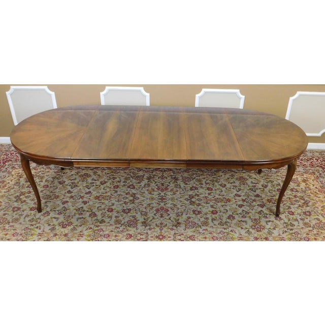 Fruitwood Cherry Oval French Provincial Style Baker Furniture Dining Table For Sale - Image 7 of 11