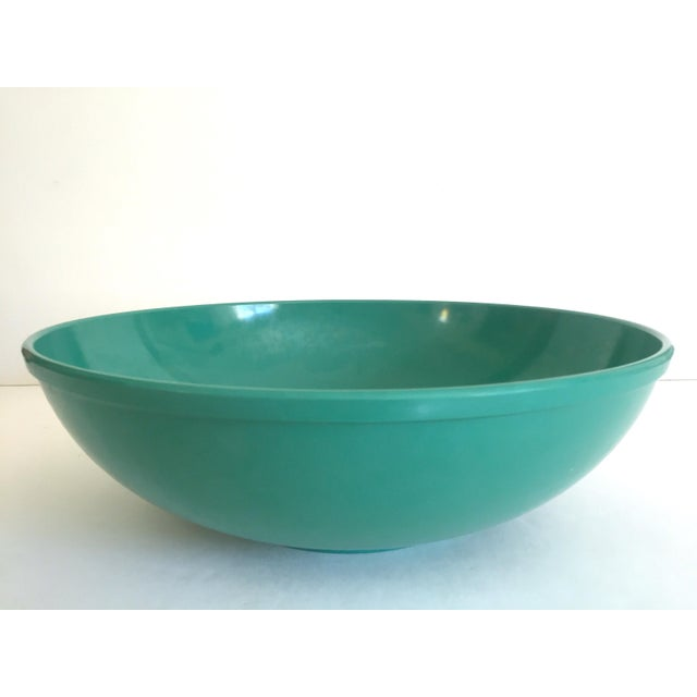 Vintage Mid Century Modern Melmac Melamine Extra Large Teal Green Round Serving Bowl For Sale In Kansas City - Image 6 of 13