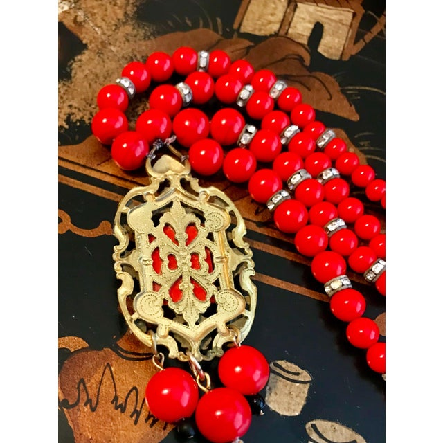 1930s 1930s Red Beaded Pendant Necklace For Sale - Image 5 of 6