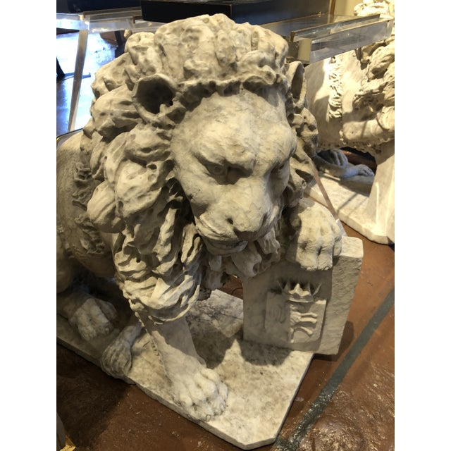 White 18th Century Marble Lion Statues - a Pair For Sale - Image 8 of 13