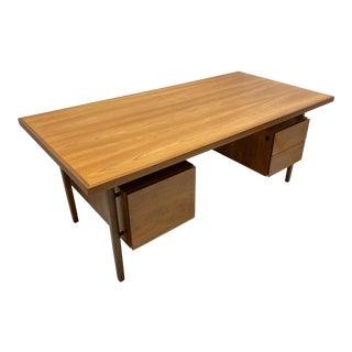 Mid-Century Modern Raymond Loewy for Mengel Floating Top Desk For Sale