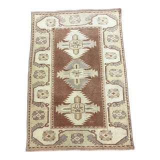 Handmade Turkish Door Mat- 2′8″ × 3′10″ For Sale