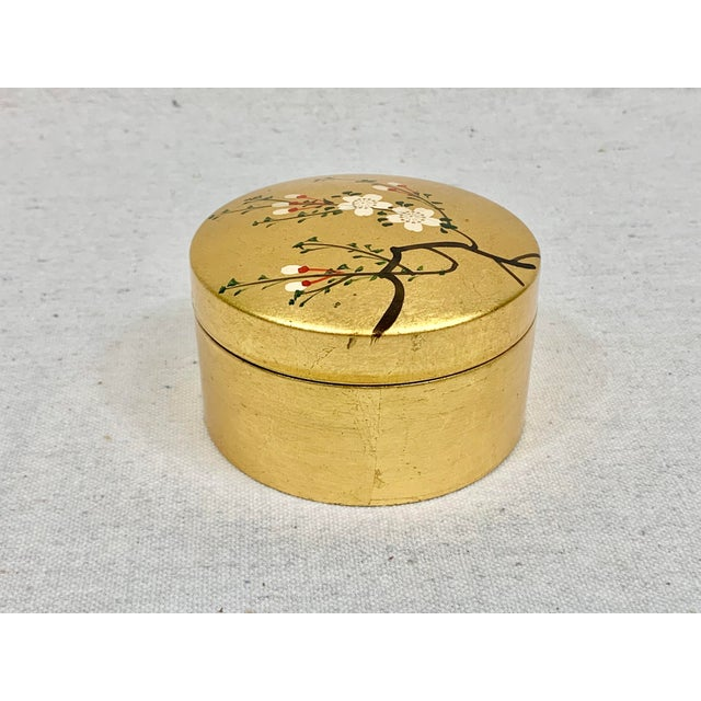 Vintage Japanese Set of Lacquered Gold Coasters With Box For Sale In New Orleans - Image 6 of 11