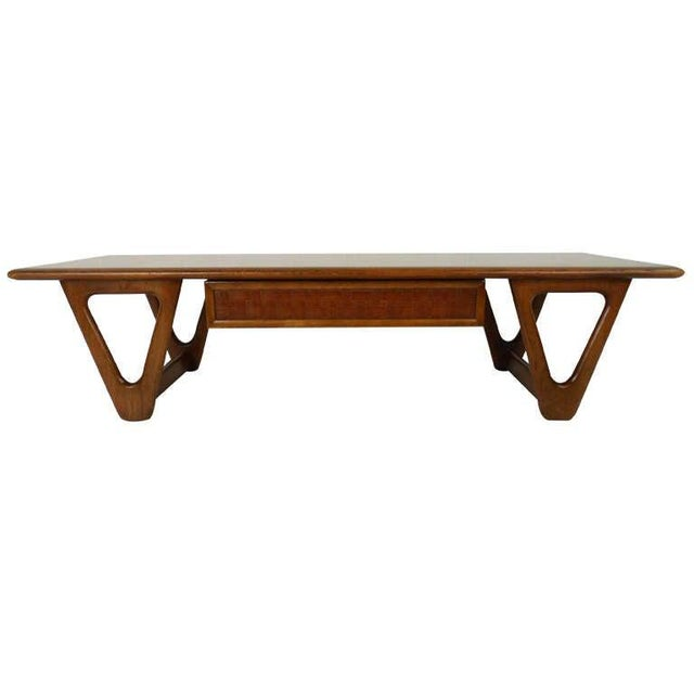 Vintage Walnut Coffee Table by Warren Church for Lane For Sale In New York - Image 6 of 6