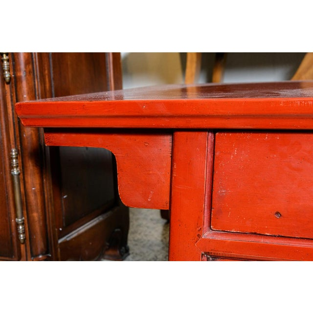 Late 20th Century Asian Red Wooden Coffee Table For Sale - Image 5 of 10