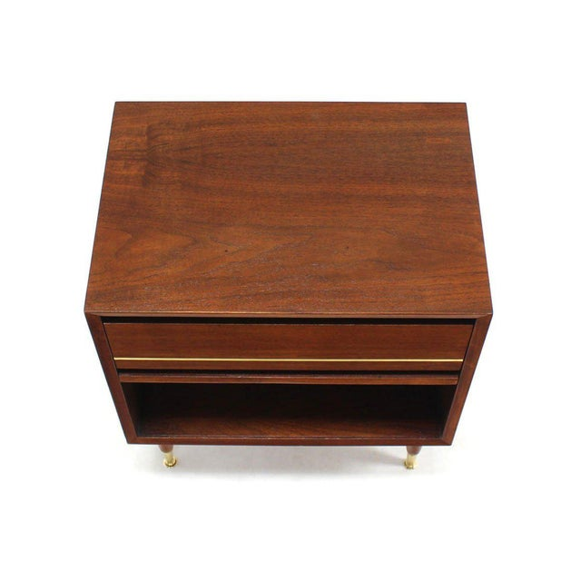 Early 20th Century Pair of Danish Modern One Drawer Night Stands Brass Tip Legs Cube Shape For Sale - Image 5 of 6