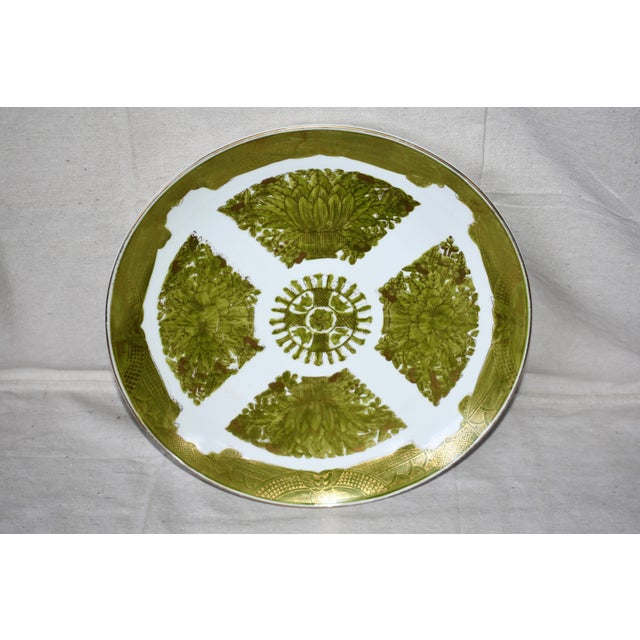 Imari Porcelain Imari Japanese Gold Hand Painted Green Plate For Sale - Image 4 of 6